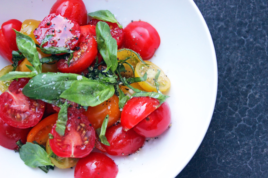 Tomato and Basil caprese italian salad