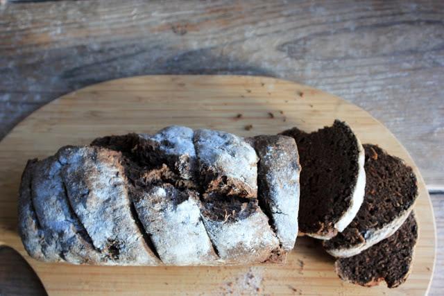 Spelt Black Bread