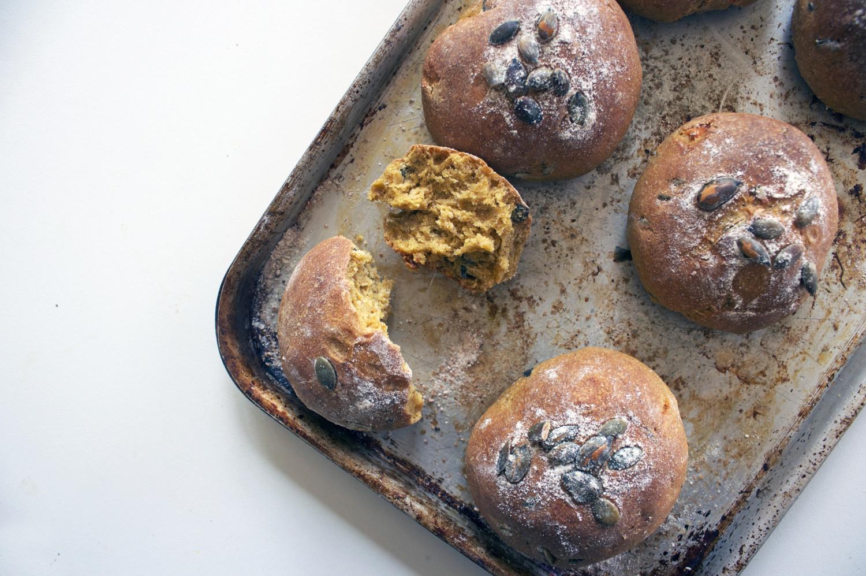 Wheat-Free Petit Pumpkin Kamut Rolls