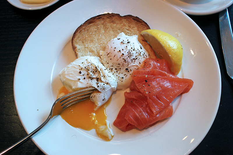 Feasting and Facials, Sto Moritz Cornwall Poached Eggs Salmon Healthy