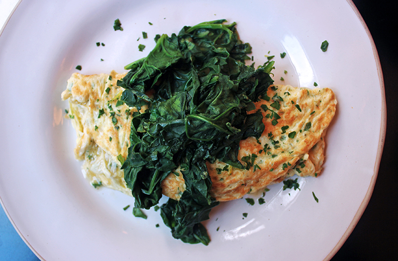 London Eating: Goode and Wright, Notting Hill, tess Ward, Chef, Eat, Food writer, omelette, spinach