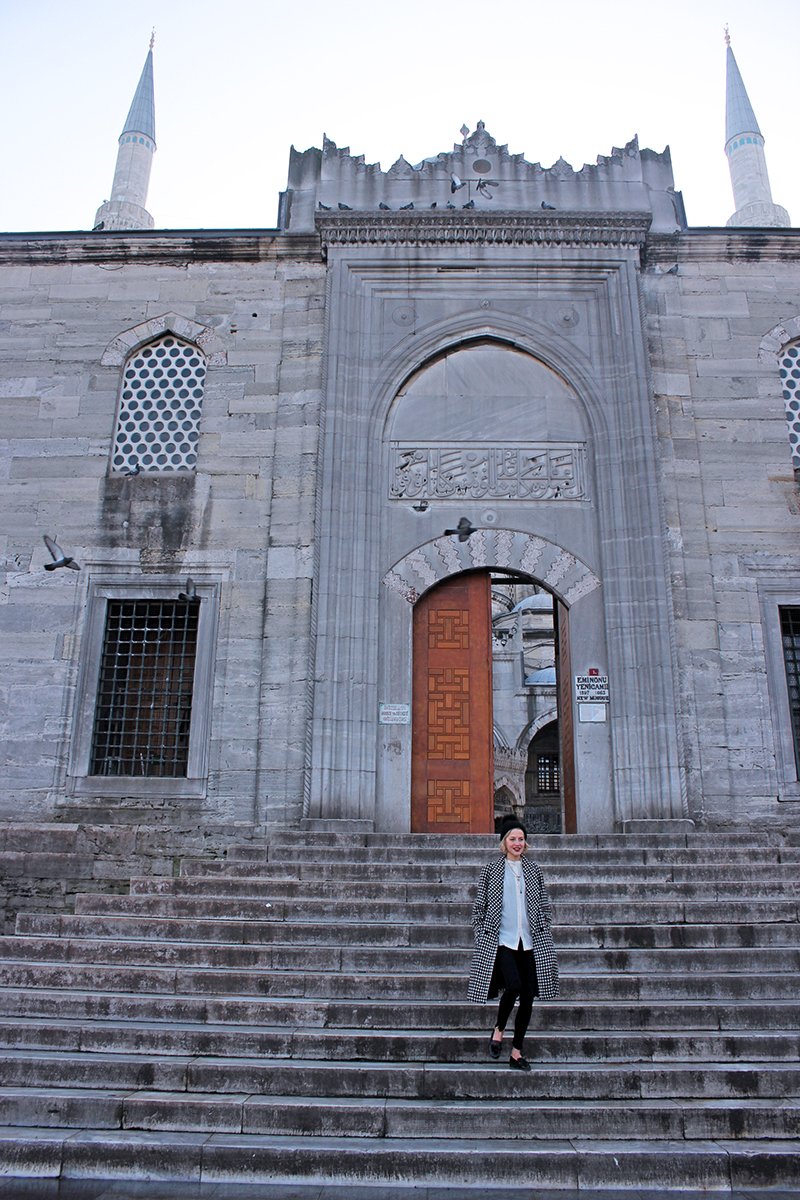 Markets and Magic in Istanbul, Turkey - Tess Ward