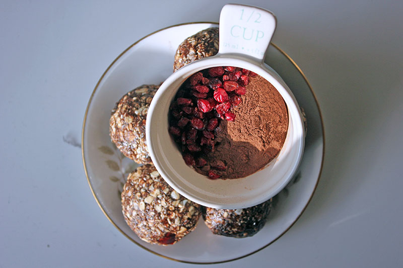 Carob and Barberry Porridge Balls