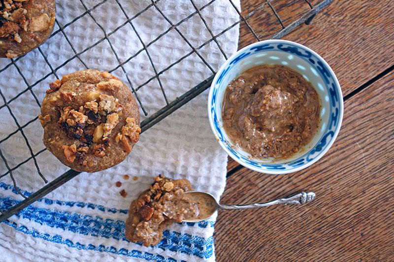 6-Ingredient, Easy Breakfast Muffins . Tess Ward, Healthy, Baking, Recipe, Banana, Bread, Cake