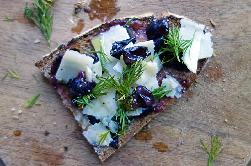 Blueberry, Manchego and Dill Tartines, tess Ward, Toast, Sandwich, packed lunch, recipe