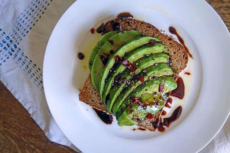 Avocado, Chilli and Pomegranate Molasses on Toast, recipe, easy, tess ward, chef