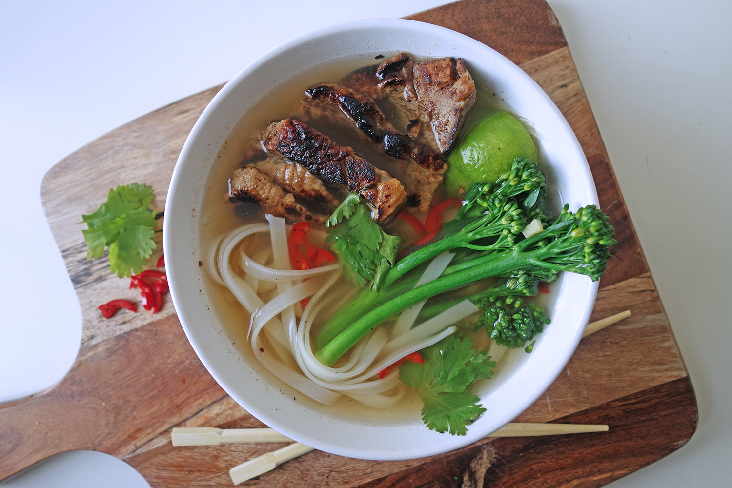 Hot and Spicy Noodle Soup with Ginger Pork – Tess Ward