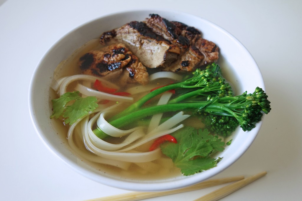 Hot and Spicy Noodle Soup with Ginger Pork, Tess Ward, Easy, Recipes, Noodle, Soup, Pork