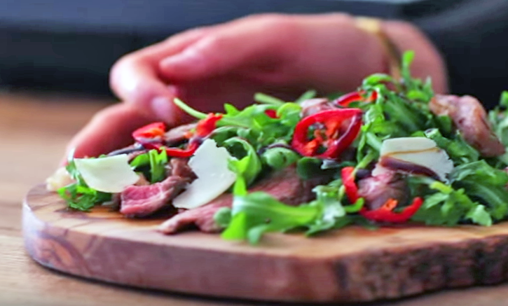 Perfect Steak with Rocket and Parmesan