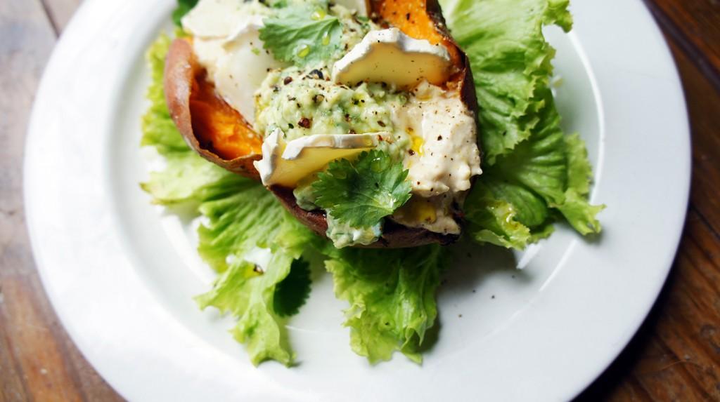 Baked Sweet Potato with Houmous and Avocado, Tess Ward, Recipe, easy
