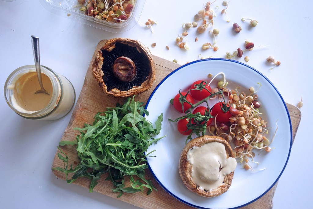 Living Burgers, Tess Ward, Recipe, vegan, raw, easy, tasty, mushroom, ideas,
