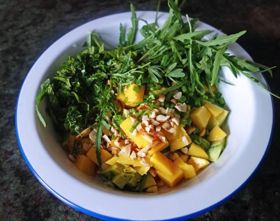 VIDEO, Tess Ward, Recipe, Salad, Mango, Avocado and Toasted Peanut Salad