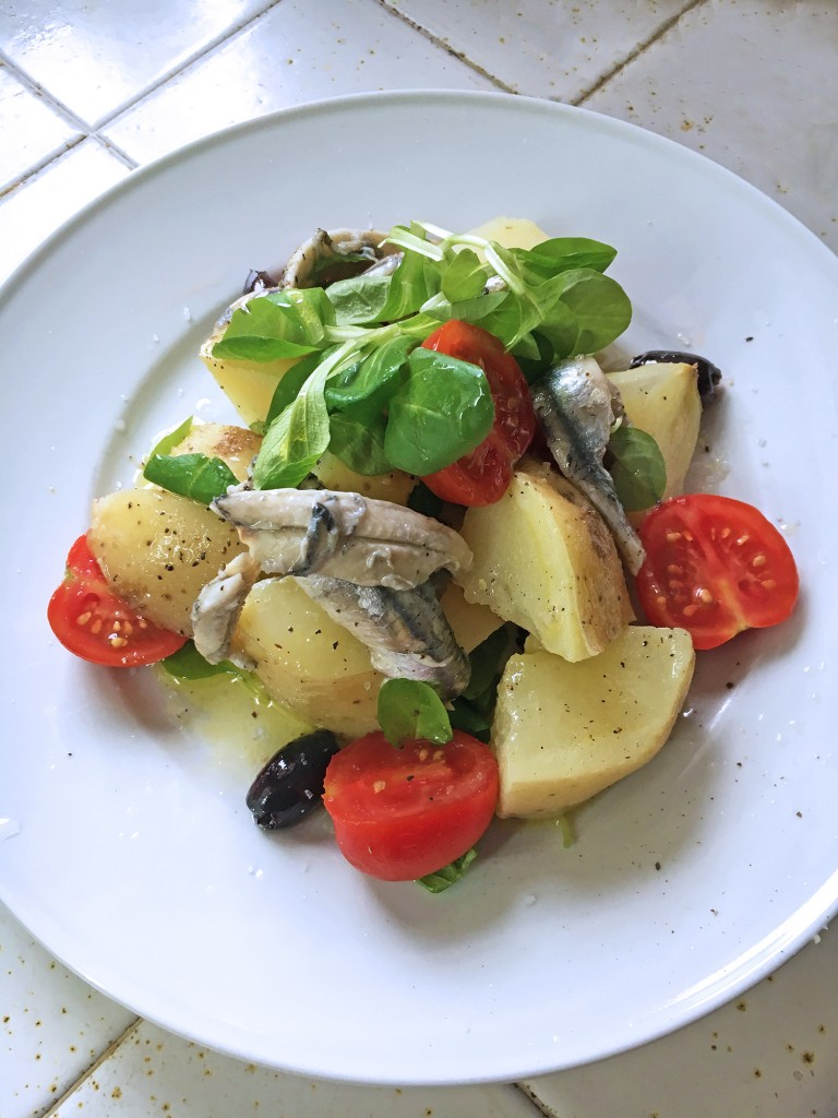 Lunchbox Salad with Potatoes and Anchovies, salad, tess ward, recipe, potato, anchovies, tomato, tess ward