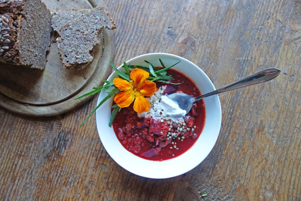 Beetroot and Yoghurt Curry, tess ward, recipe, winter, warmer, curry, indian, recipe